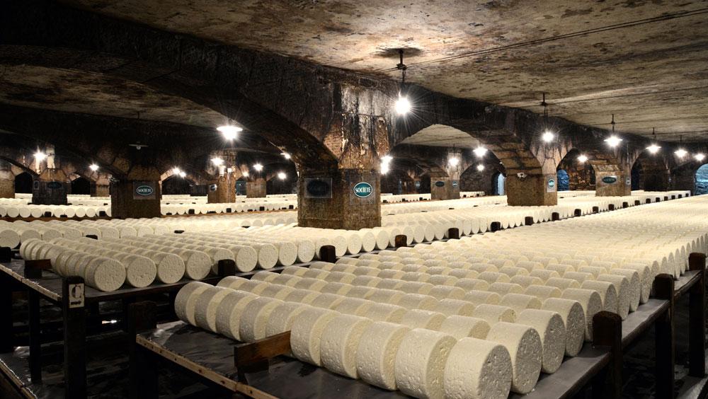 生产洛克福奶酪的石灰岩洞