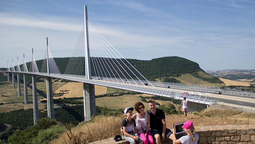 米卢(Millau)大桥
